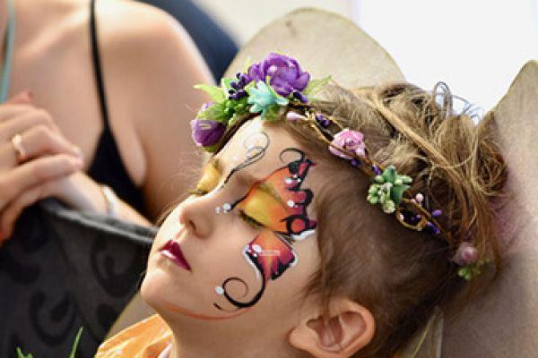 eva-kunstallerlei-kinderschminken-elfe0ACA018A-A847-4789-AFC4-4CDB00396F15.jpg